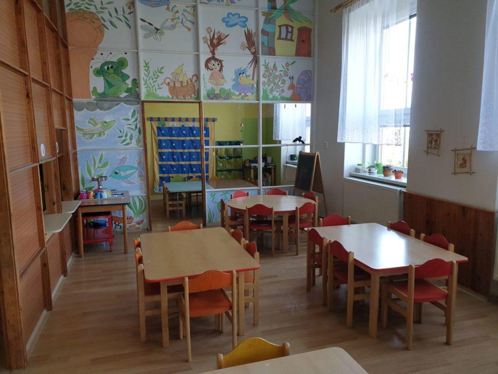 Jídelní dětské stolky - umístění II.
